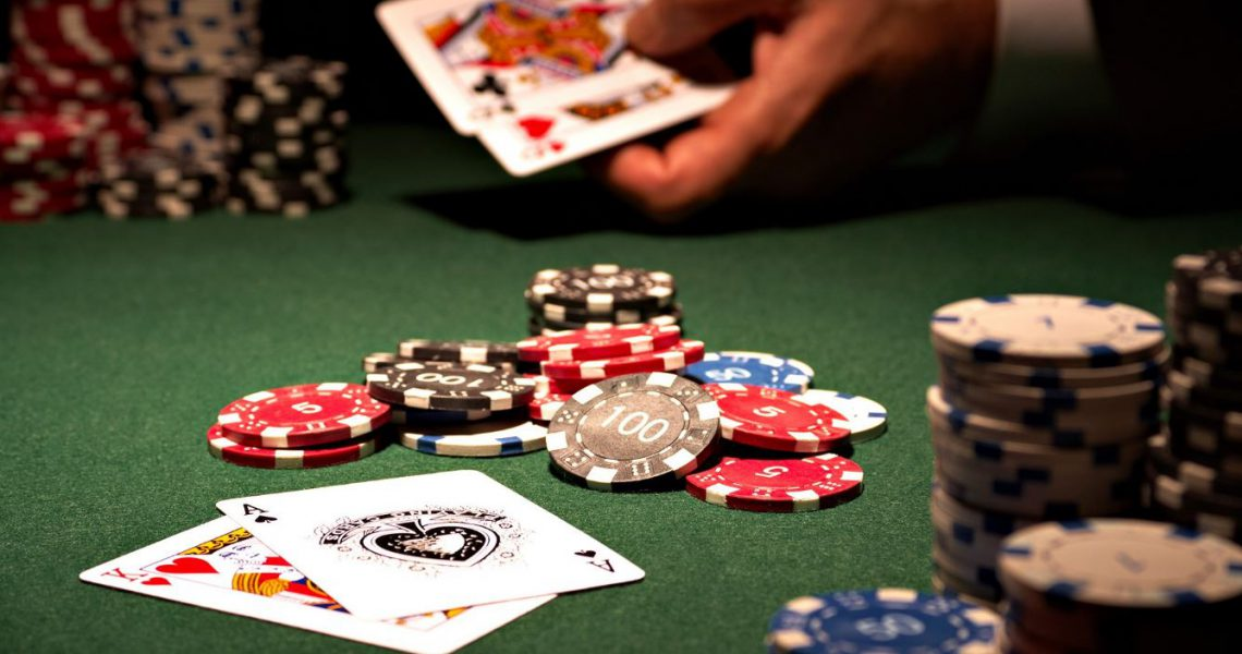 Approaches In Poker That Help You Win Online Gaming